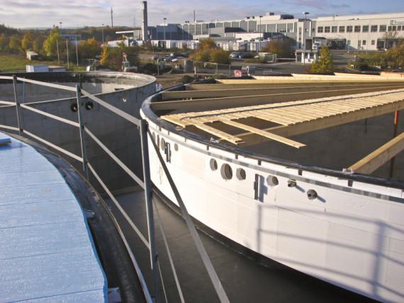 Flachdach mit PVC-Abdichtungsbahn